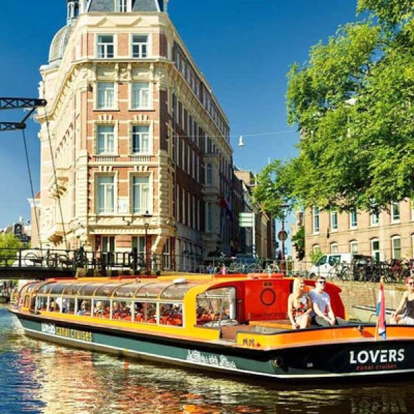 Lovers canal cruises_BAS! RECLAME & VORMGEVING